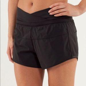 Lululemon Run Pace shorts